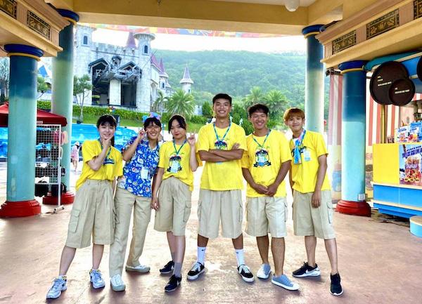 學生至花蓮遠雄海洋公園暑期實習
